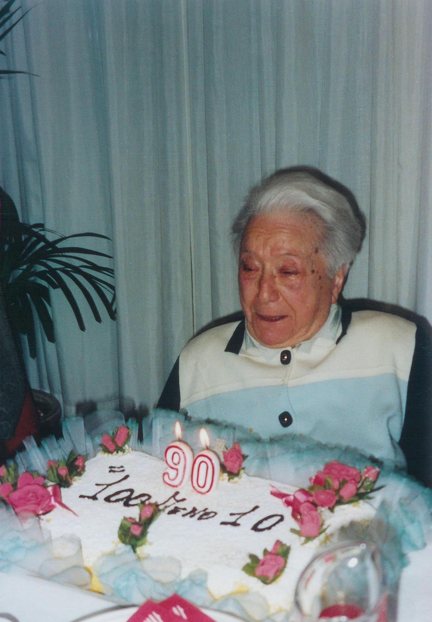 11/02/2006Mamma Pina Reina compie 90 anni